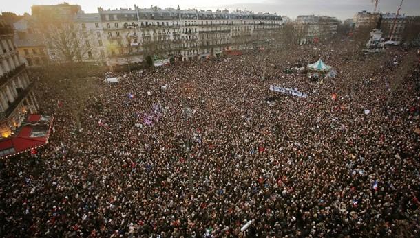 Marcia Parigi,almeno 2 milioni in strada