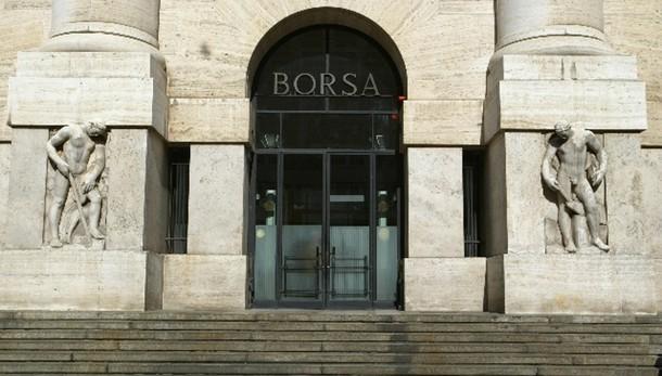 Borsa Milano chiude in rialzo, +0,91%