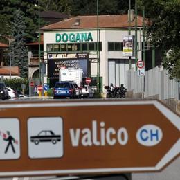 Frontalieri, ancora tensione  Taglio dei salari, sciopero alla Koscon