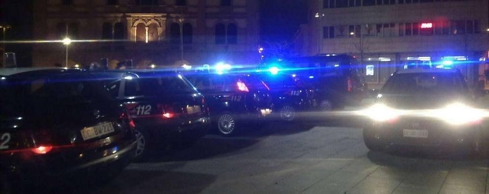 Auto investe un pedone in centro a Cantù  Poi tenta la fuga. Arrestato il conducente