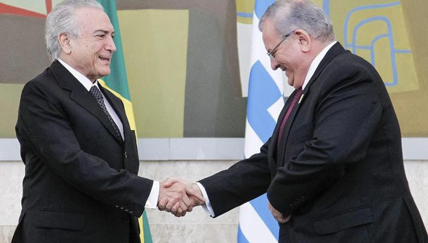 Brasile: forse trovato corpo amb. greco