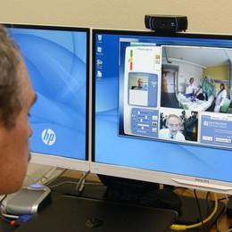 Valduce, pazienti visitati a distanza  Con il robot arriva la telemedicina   Guarda il video