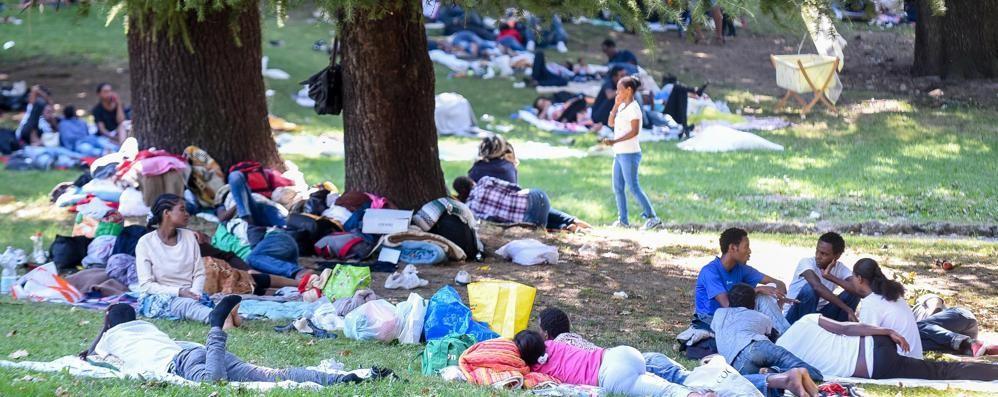 San Giovanni è un campo profughi  E il neonato resta ancora nel parco