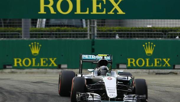 F1: Singapore, Rosberg in pole