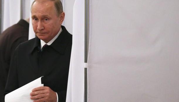 Putin, la gente ha reagito alle sanzioni
