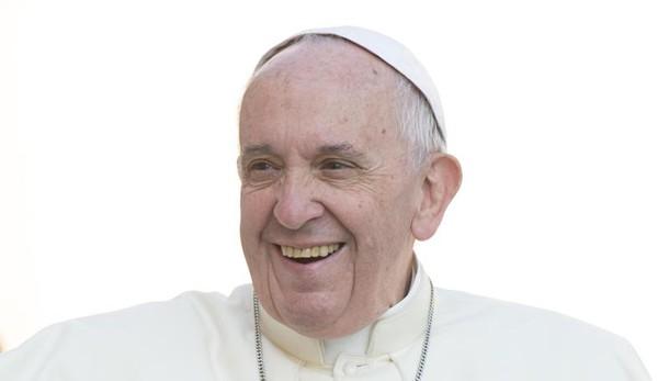 Papa: partito per la Georgia