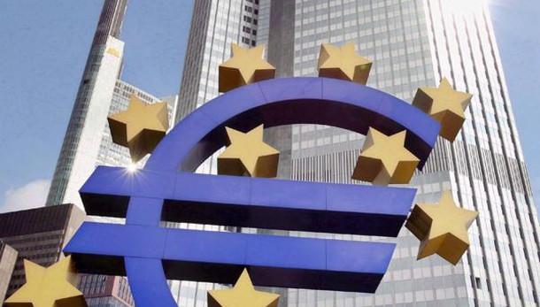 Draghi, economia euro solida ma rischi