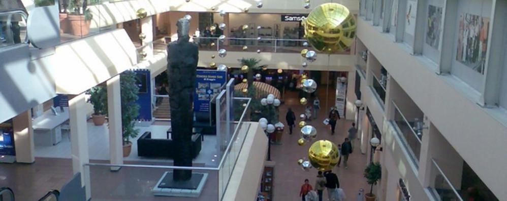 Mendrisio: il Fox Town raddoppia  nuovi spazi nel centro commerciale