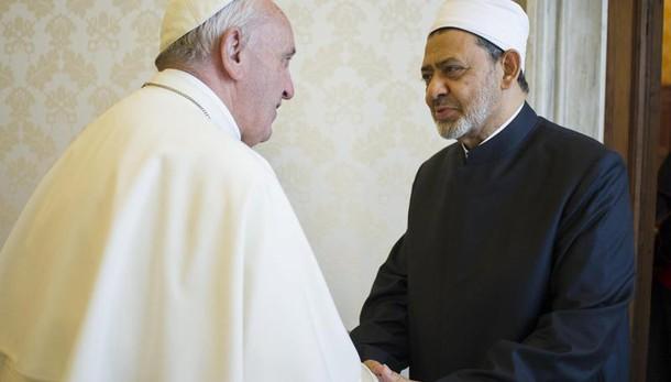 Papa: il 28 a Al-Azhar conferenza pace