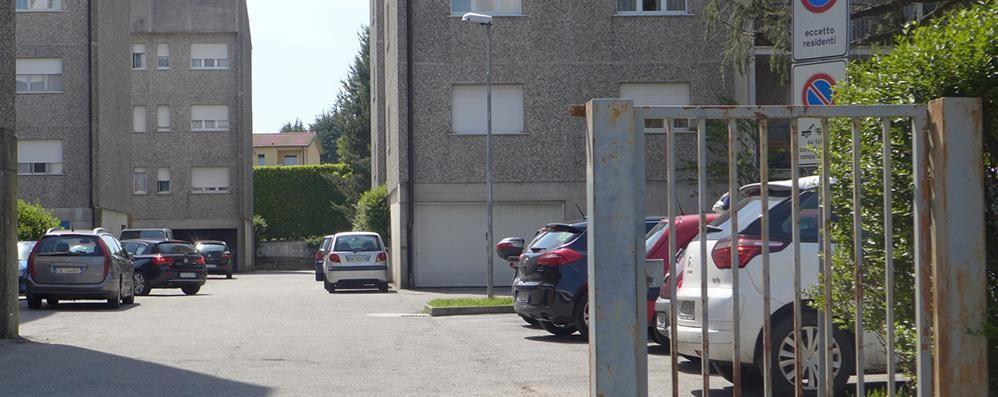 Albavilla, ladri in azione in pieno giorno  Svaligiate le abitazioni di due fratelli