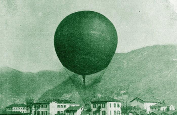 1907 - pallone aerostatico in volo a Como