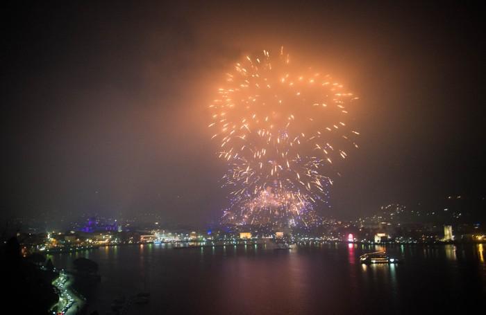 Como spettacolo di fuochi d'artificio organizzato dalla Città dei Balocchi per Capodanno