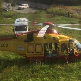 Montemezzo, cade dalla mountain bike  Turista soccorsa con l'elicottero