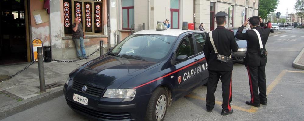 Picchiato dai bulli per i soldi  Erba, denunciati 4 ragazzini