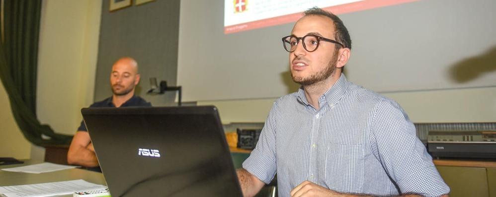 Viale Varese, il piano alternativo  «La sosta resta gestita da Csu»