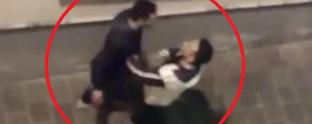 Cantù, identificato lo spacciatore del video  L'uomo sarà rimpatriato in Tunisia