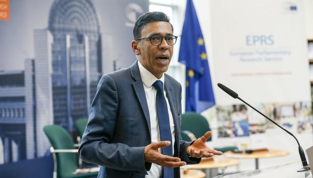 Fondi Ue: Omarjee, Eurocamera prenda posizione contro tagli