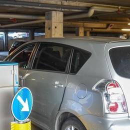 Parcheggio dell'ospedale  Bocciati sconti e miglioramenti