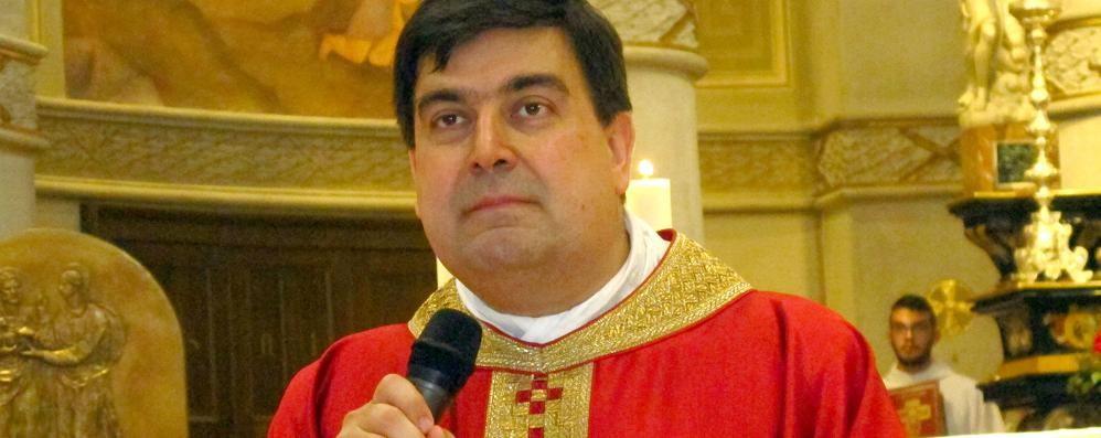 Sorpresa a don Carlo  Celebrerà la messa  con Papa Francesco