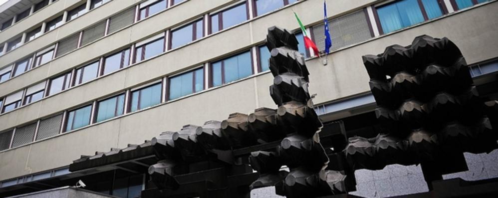 'Ndrangheta e applausi in aula  L'Antimafia: «Un episodio grave»