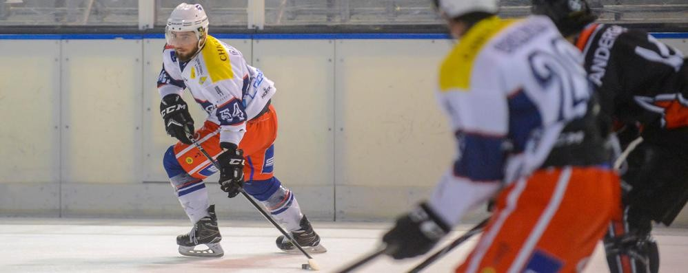 Disastro Hockey Como Adesso è ultimo e rischia