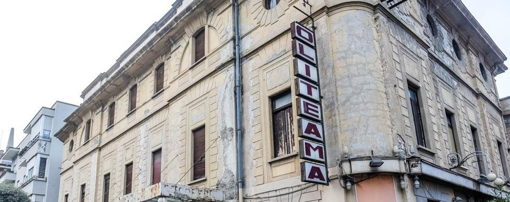 Politeama, il Conservatorio rinuncia  Il direttore: «Per la città è un autogol»