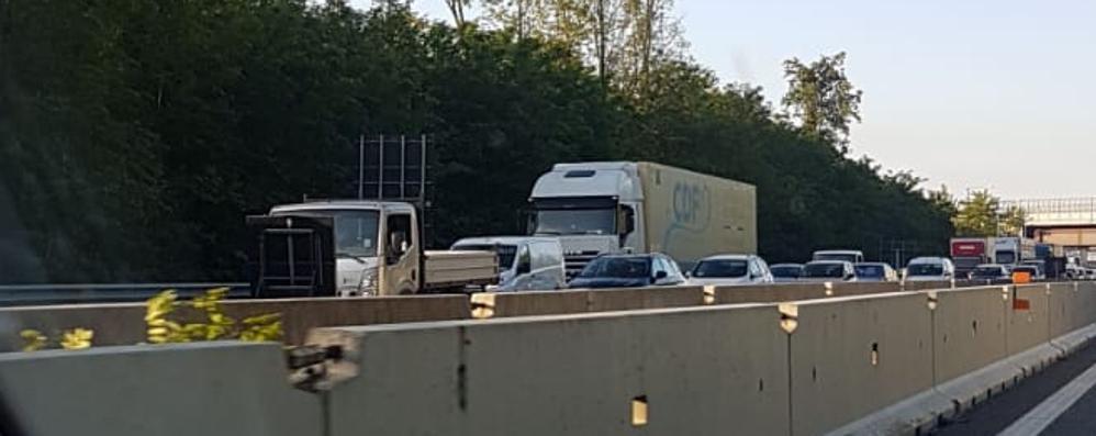 Assedio dei Tir, delirio traffico a Como e in autostrada