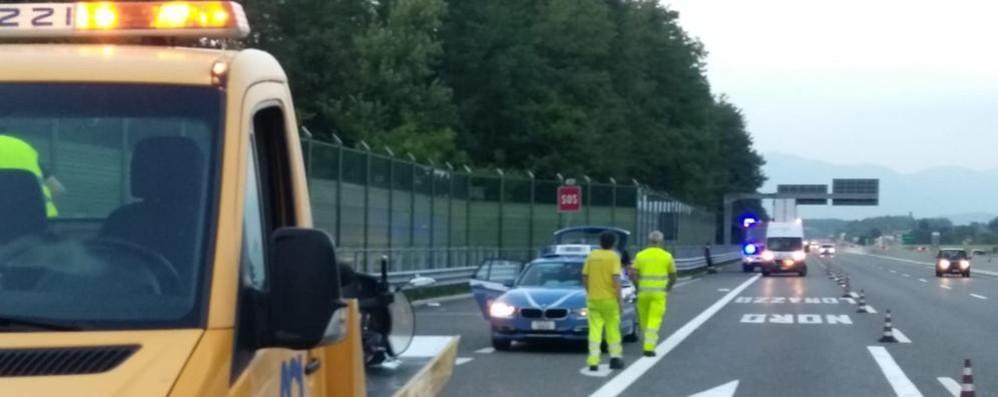 Motociclista ferito in autostrada  Sette contusi a Carbonate