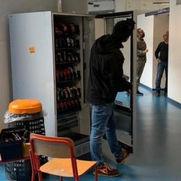 Erba, ladri al liceo Galilei Spariti computer e monete