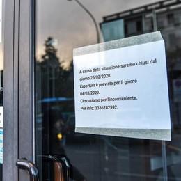 Chiudono le attività cinesi  Anche i centri massaggi  vanno in ferie