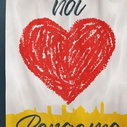 Centomila bandiere  per ricominciare   Como è con Bergamo