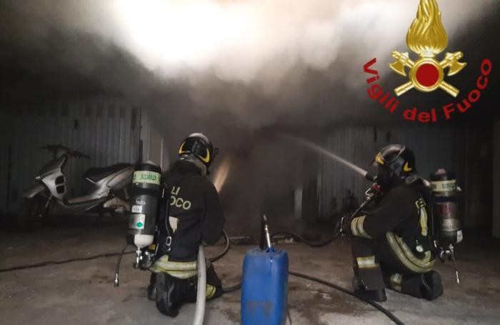 Cagno - Incendio di un garage