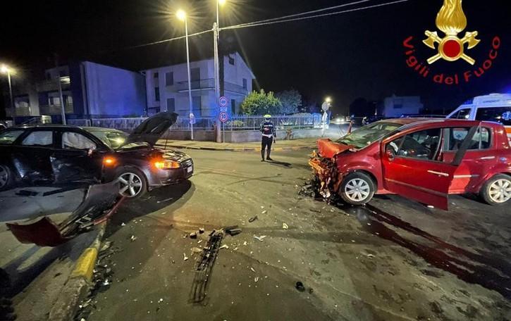 Cirimido, scontro tra auto Tre persone ferite