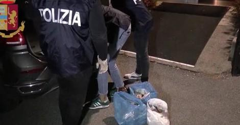 I soldi sequestrati dalla polizia