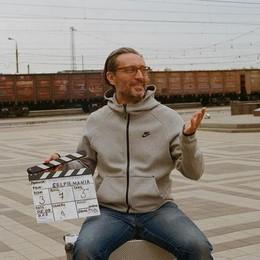 "Le interviste dal bosco, Francesco Colangelo e la ""Selfie mania"""