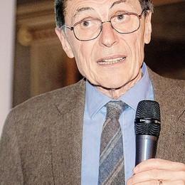 Mantovani: «Servono più vaccini  E Astra Zeneca va bene per tutti»