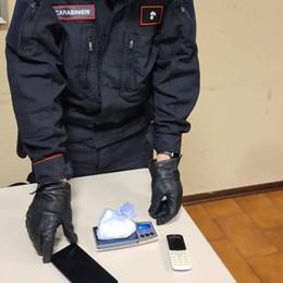 Castelnuovo, auto sospetta  Arrestato con un etto di droga
