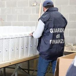 Guanzate, la stamperia si era riciclata E stampava marchi falsi per ricambi auto