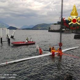 Aliante finisce nel lago Pilota soccorso a Menaggio