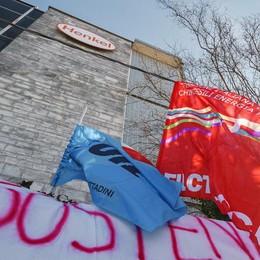 Henkel, ultimo atto  Il sì dei lavoratori  all'accordo quadro