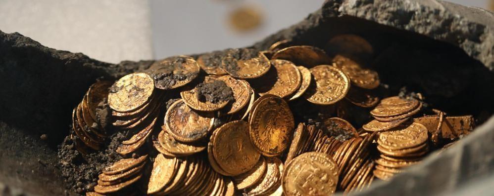 Monete d'oro in mostra  Ma Como rischia  di farsele scippare