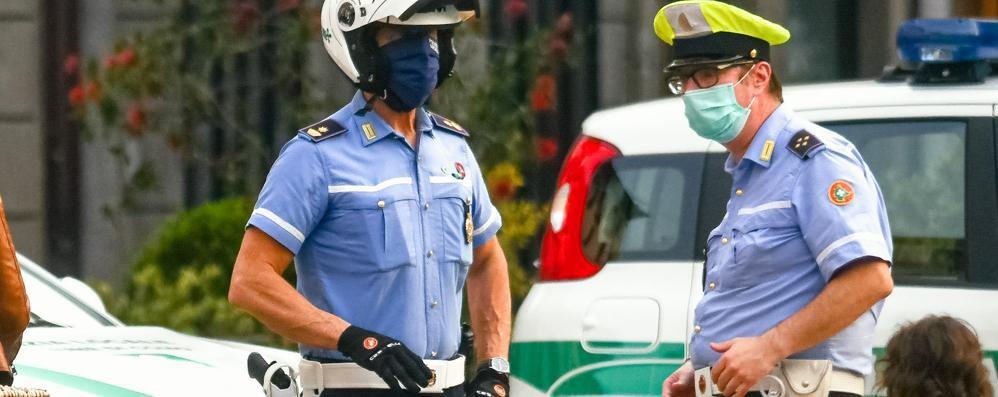 La nuova vigilessa non è italiana  Sì all'uniforme, ma niente pistola