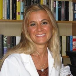 L'appello di un medico di Appiano  «Giovani e indecisi, vaccinatevi»