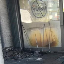 Fino, l'attentato contro il bar  È stata una bomba carta