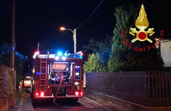 Novedrate incendio box in via Cortiva