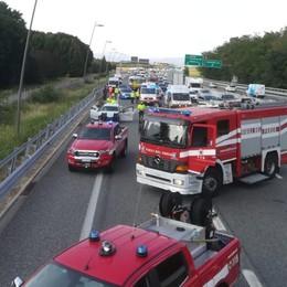 Lomazzo, incidente in autostrada  Tre feriti e auto in coda