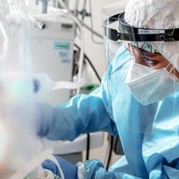 I sanitari che rifiutano il vaccino  Al Sant'Anna in 16 sospesi senza paga