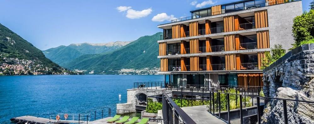 Il Sereno primo hotel in Italia  Stagione ok sull'onda di Cartier
