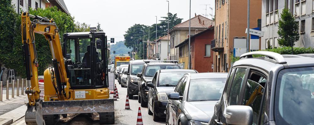 Cantieri in città, ci risiamo  Lavori e traffico impazzito