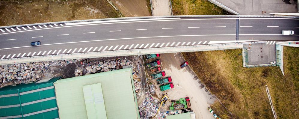 La discarica della 'ndrangheta  «Serve un daspo ambientale»